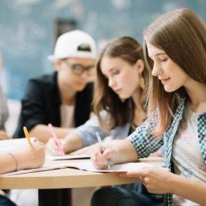 Как ще учат от понеделник учениците от 5-ти до 12-ти клас в Перник?