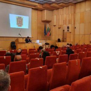 Проведе се общественото обсъждане за ремонт на Двореца на културата и за важни улици в Перник