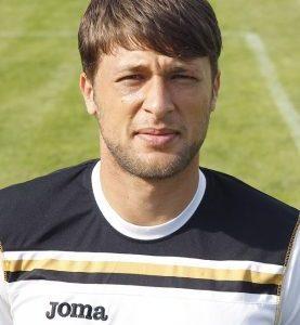 """Футболистът на """"Миньор"""" Янко Сандански стана баща на момиченце"""