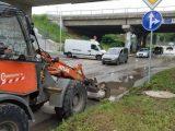 Чистят наносите от силната буря в Перник – СНИМКИ