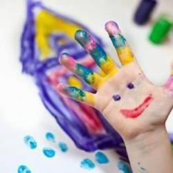 Обединен детски комплекс в Перник събира децата на безплатна лятна занималня