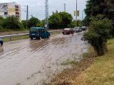 Силна лятна буря потопи Перник